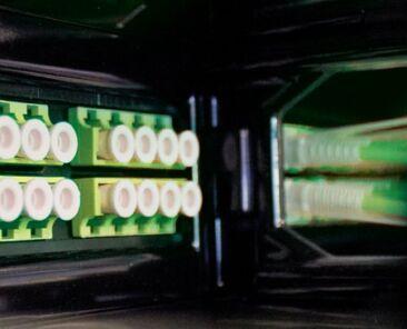 xrn-8fibre-emo-banner.jpg.pagespeed.ic_.qPI7NKE24p
