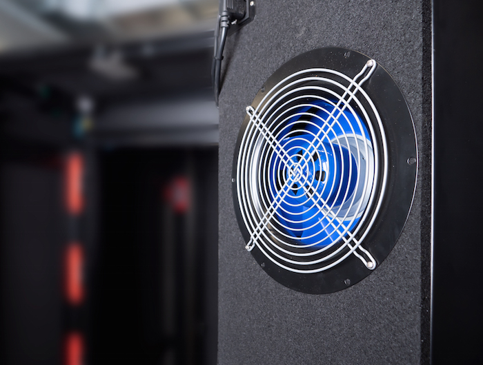 Cool, Quiet, Ready for Use: New Platform for Micro Data Center and Edge Computing